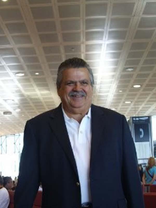 Profesor Rafael Llompart Todd